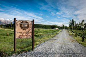 Eichardts-blog-winemaker-dinner-surveyor-thomson